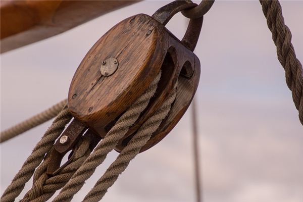 The meaning and symbol of pulley in dream