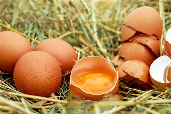 The meaning and symbol of Bad eggs in dream