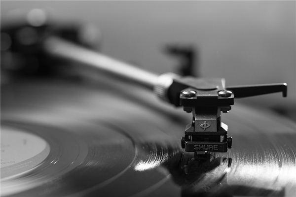 The meaning and symbol of phonograph in dream