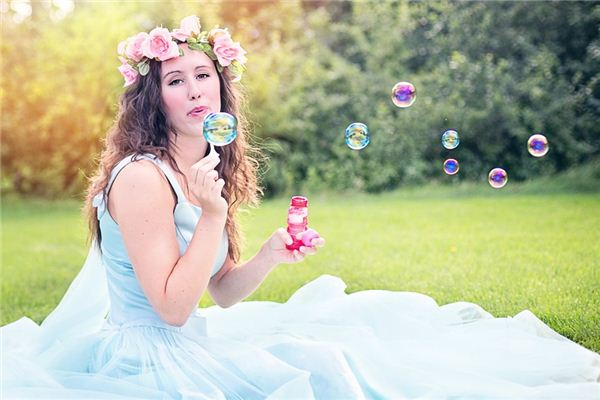 The meaning and symbol of Bubble in dream