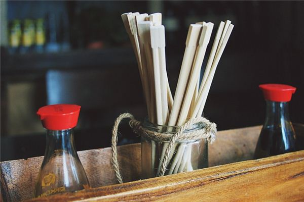 The meaning and symbol of Wash chopsticks in dream