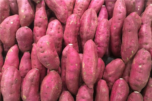 What is the meaning and symbol of stealing sweet potatoes in dreams?