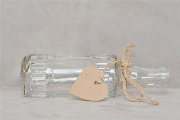 The meaning and symbol of broken bottle in dream